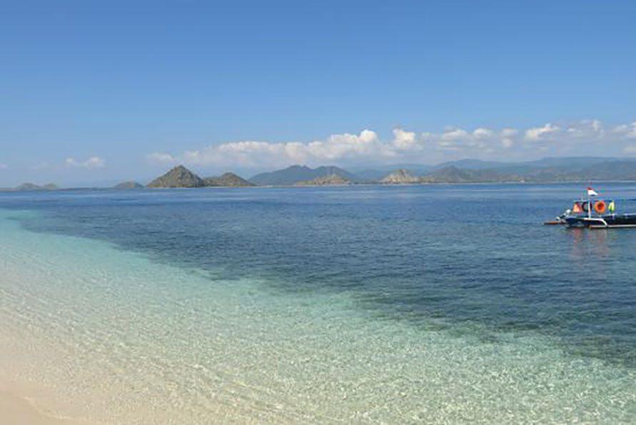 Diskon 9.99% Paket Tour Ke Paserang Island, Sumbawa Besar